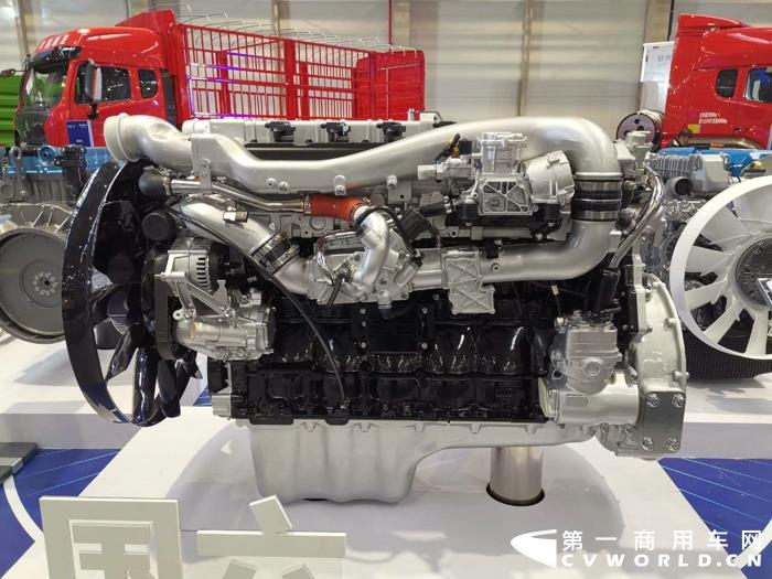 重汽MT13 480馬力天然氣發動機